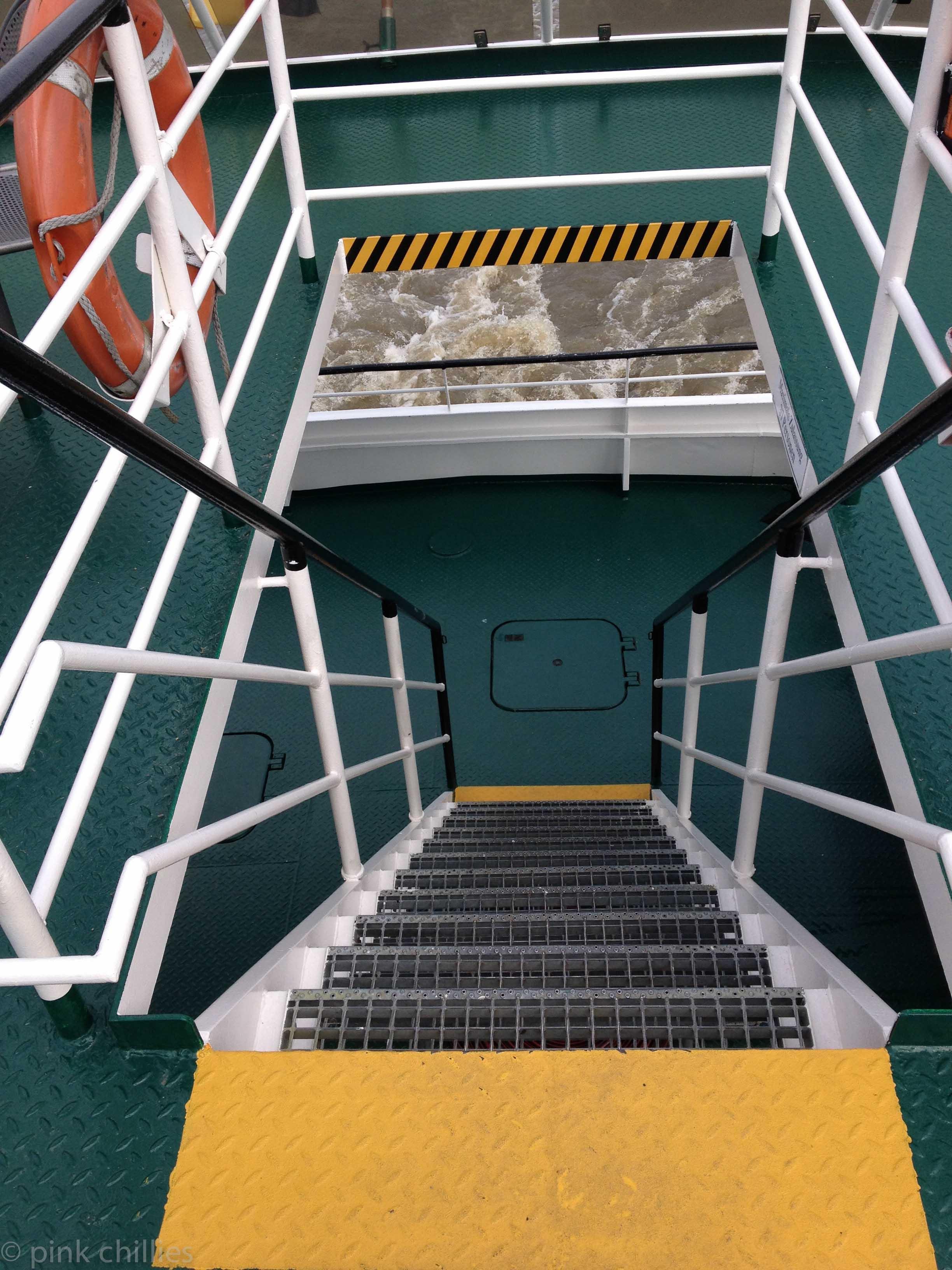 Treppe auf Fähre