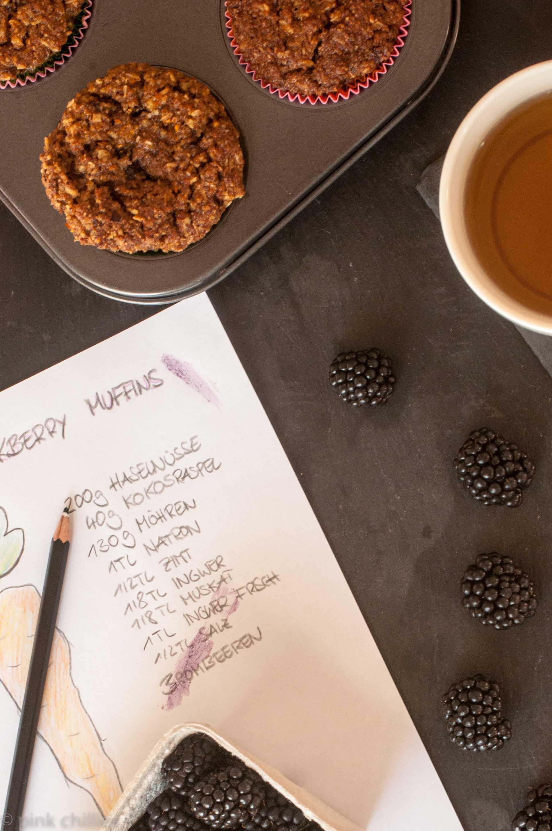 glutenfreie Karotten Kokosnuss Brombeer Muffins