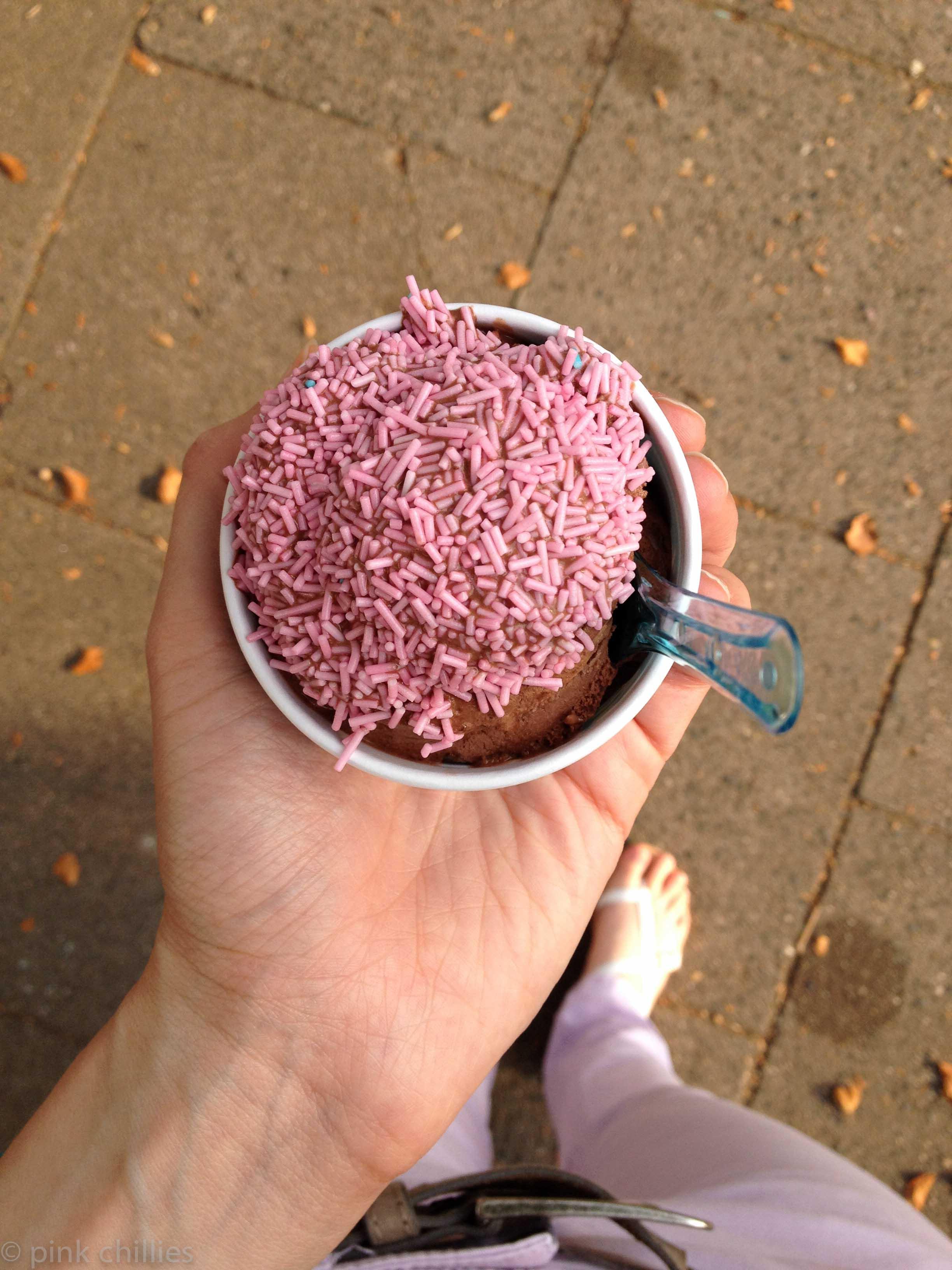 Eiscreme mit Streuseln