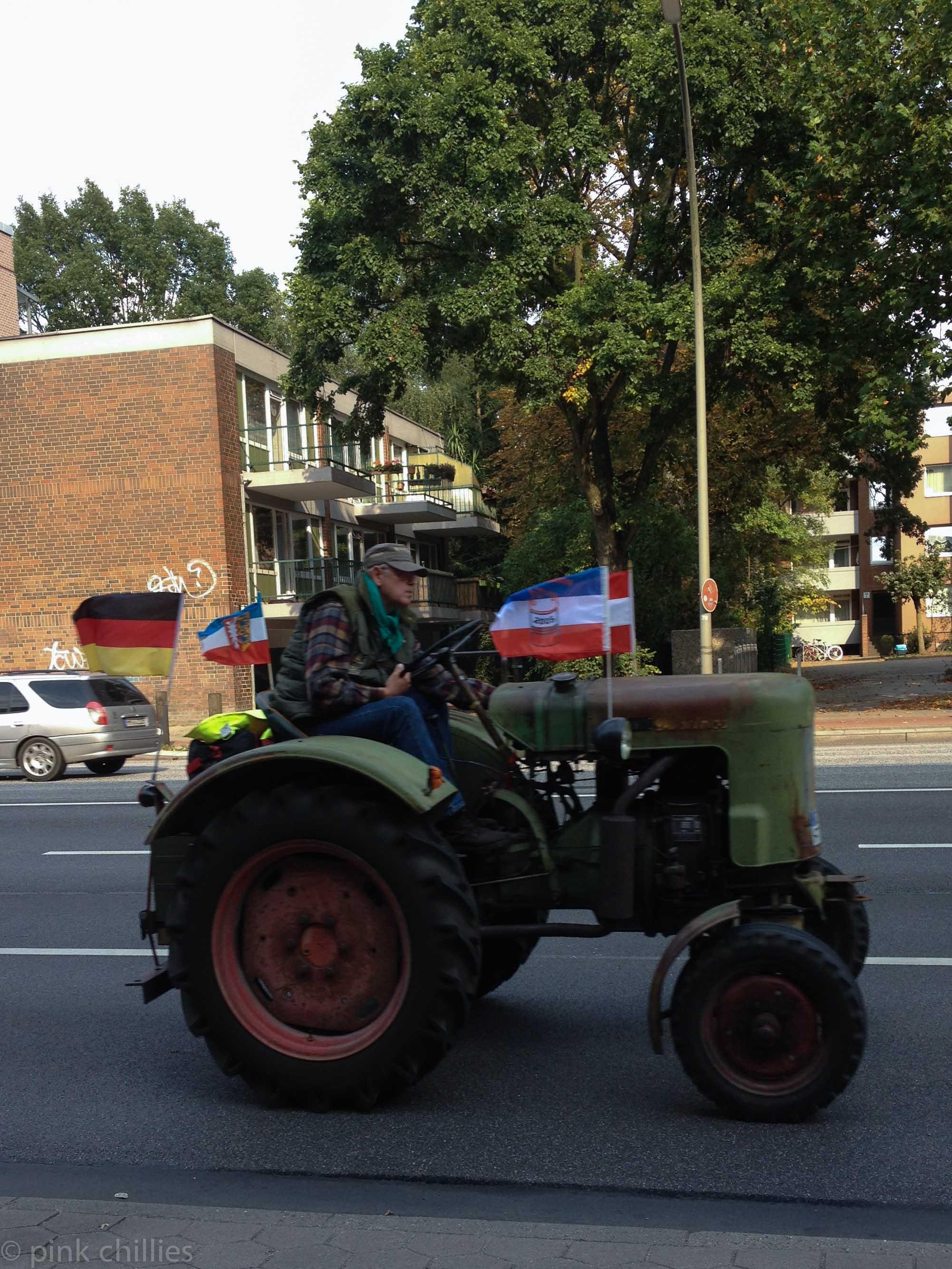 Traktor in der Stadt