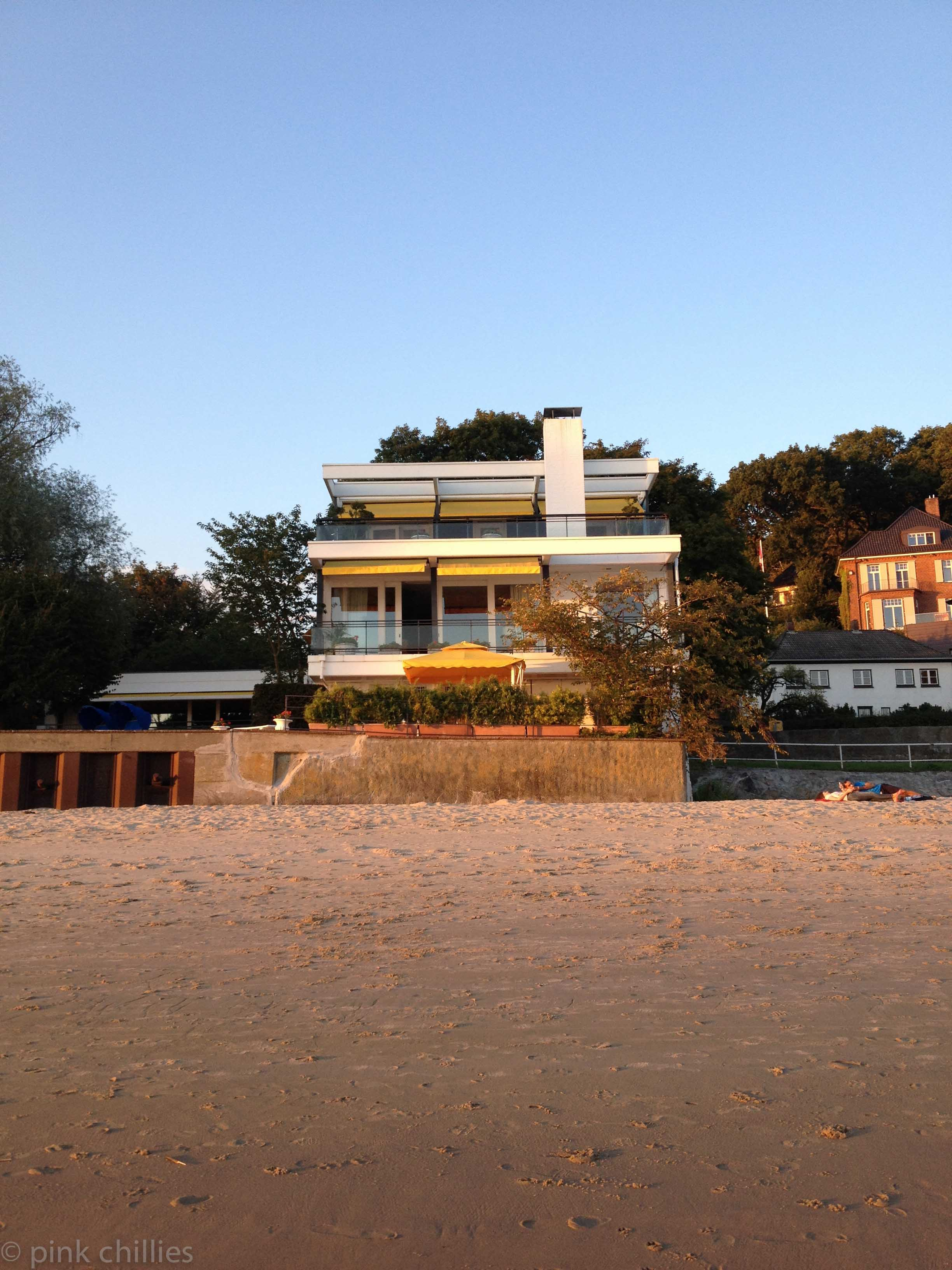 Haus am Falkensteiner Ufer