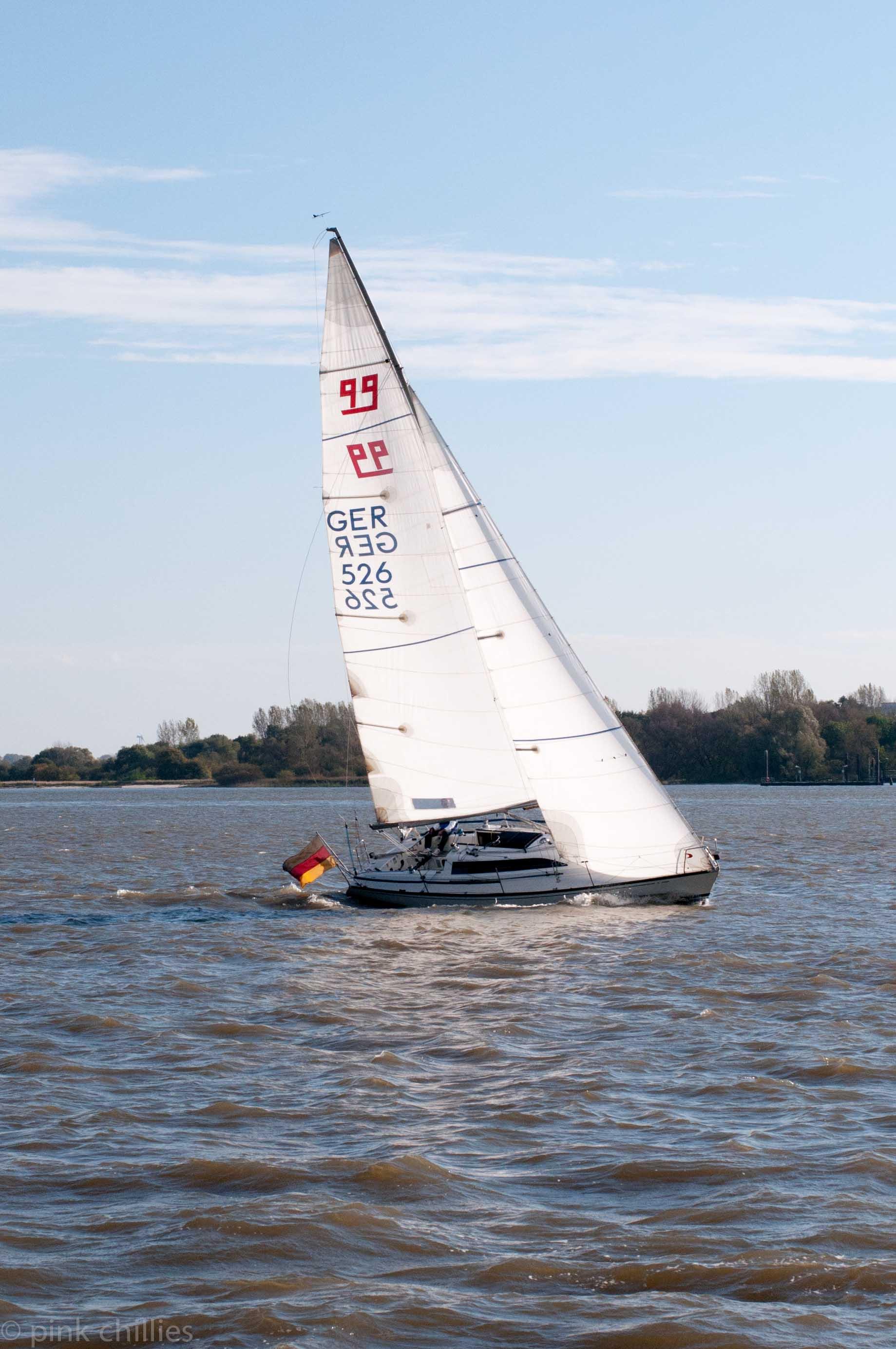 Segelboot GER526 Hamburg Elbe