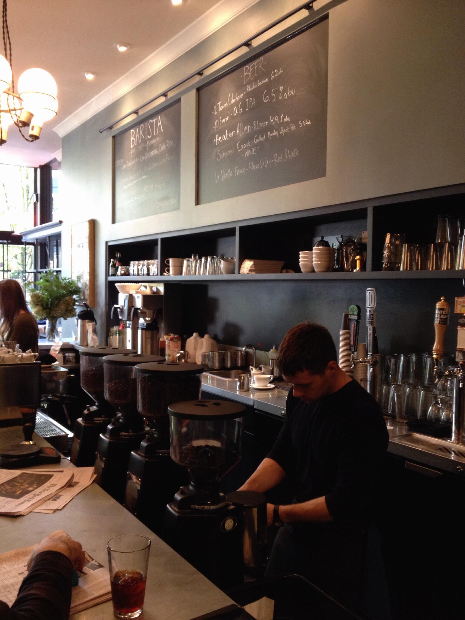Café Barista Portland oregon