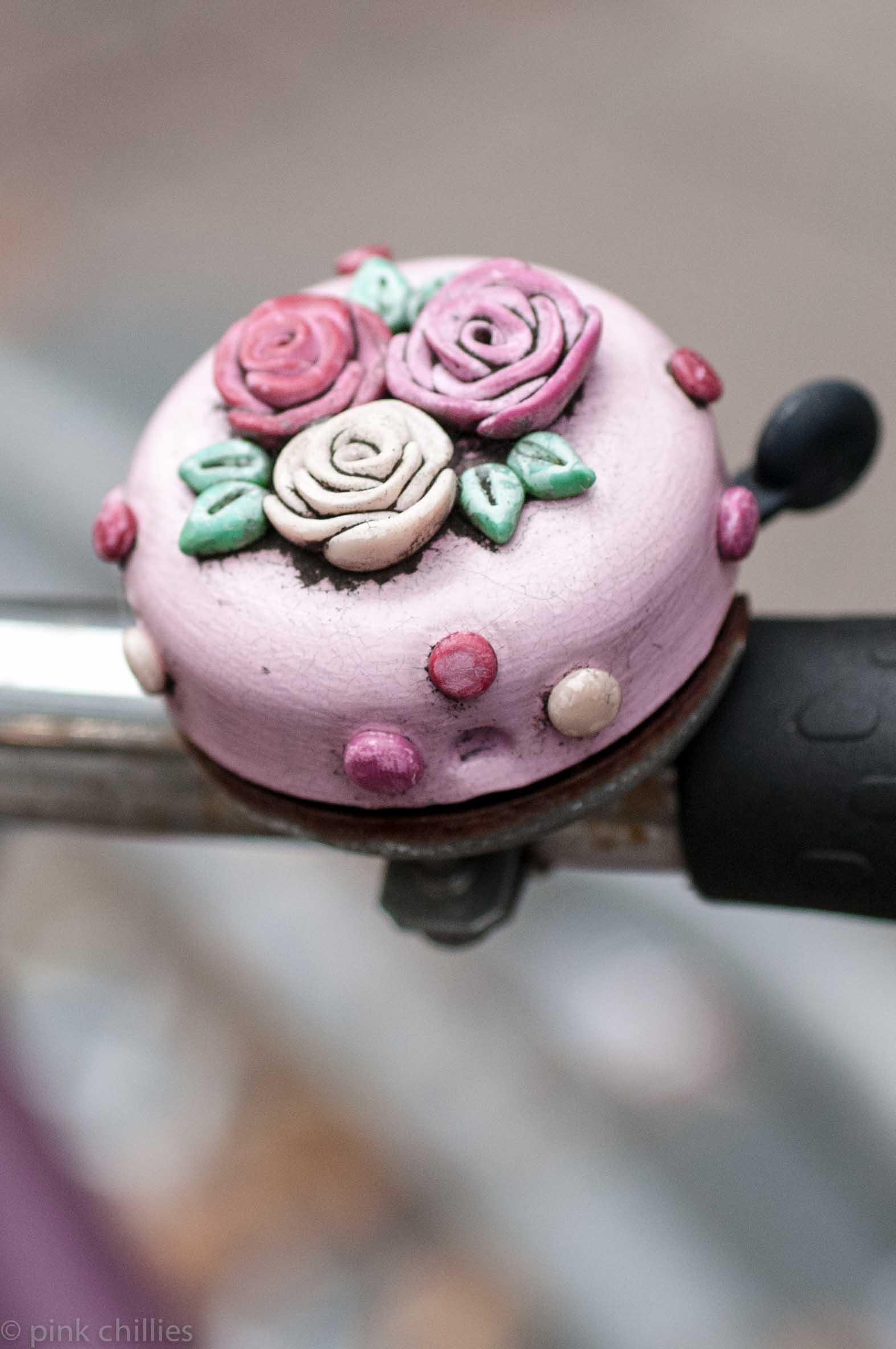 Fahrradklingel mit Rosen