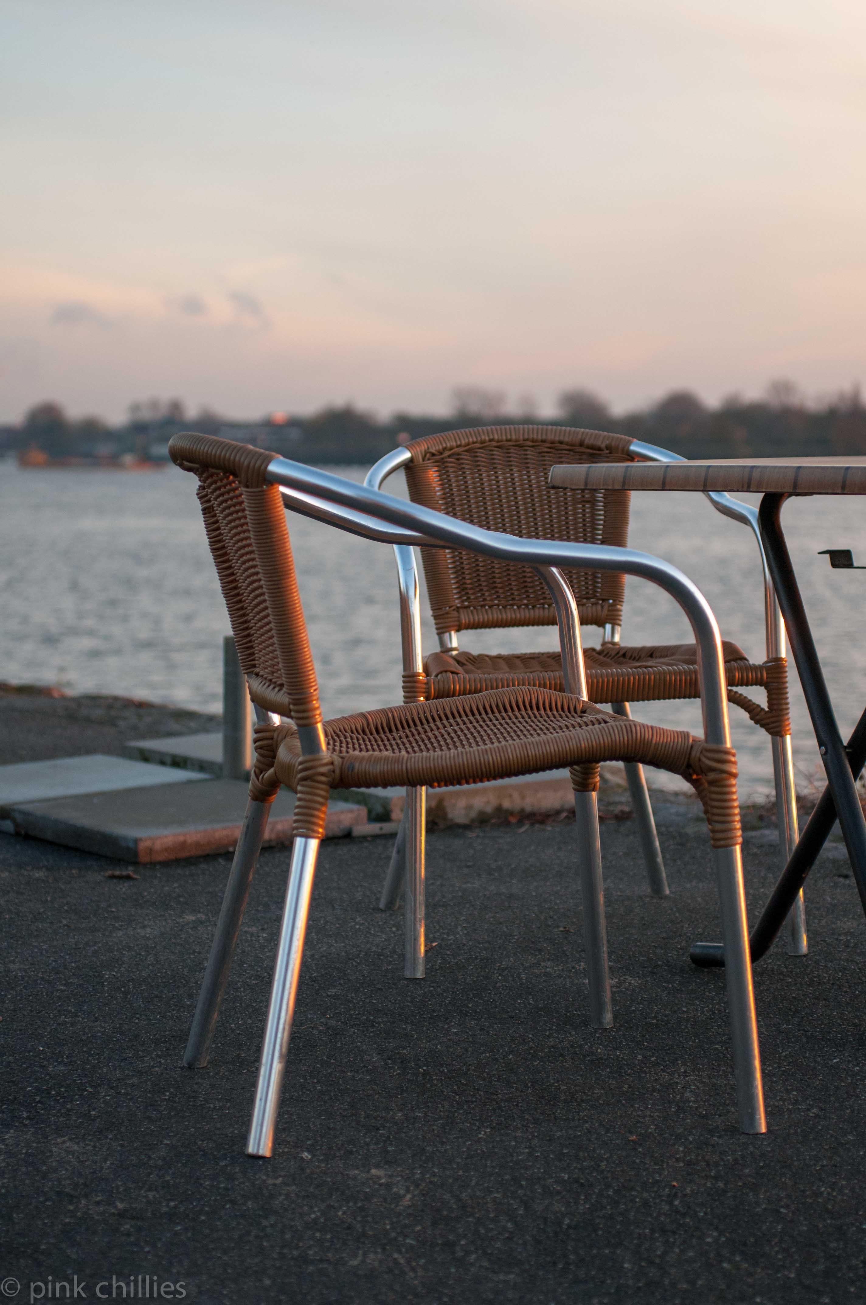 Stühle in TEufelsbrück