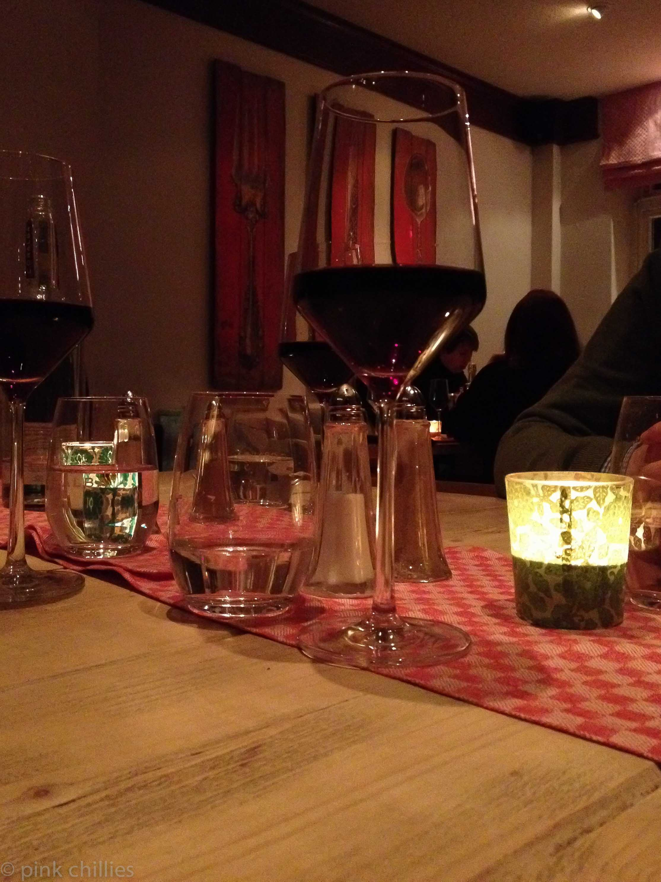 Elbbistro und Wein