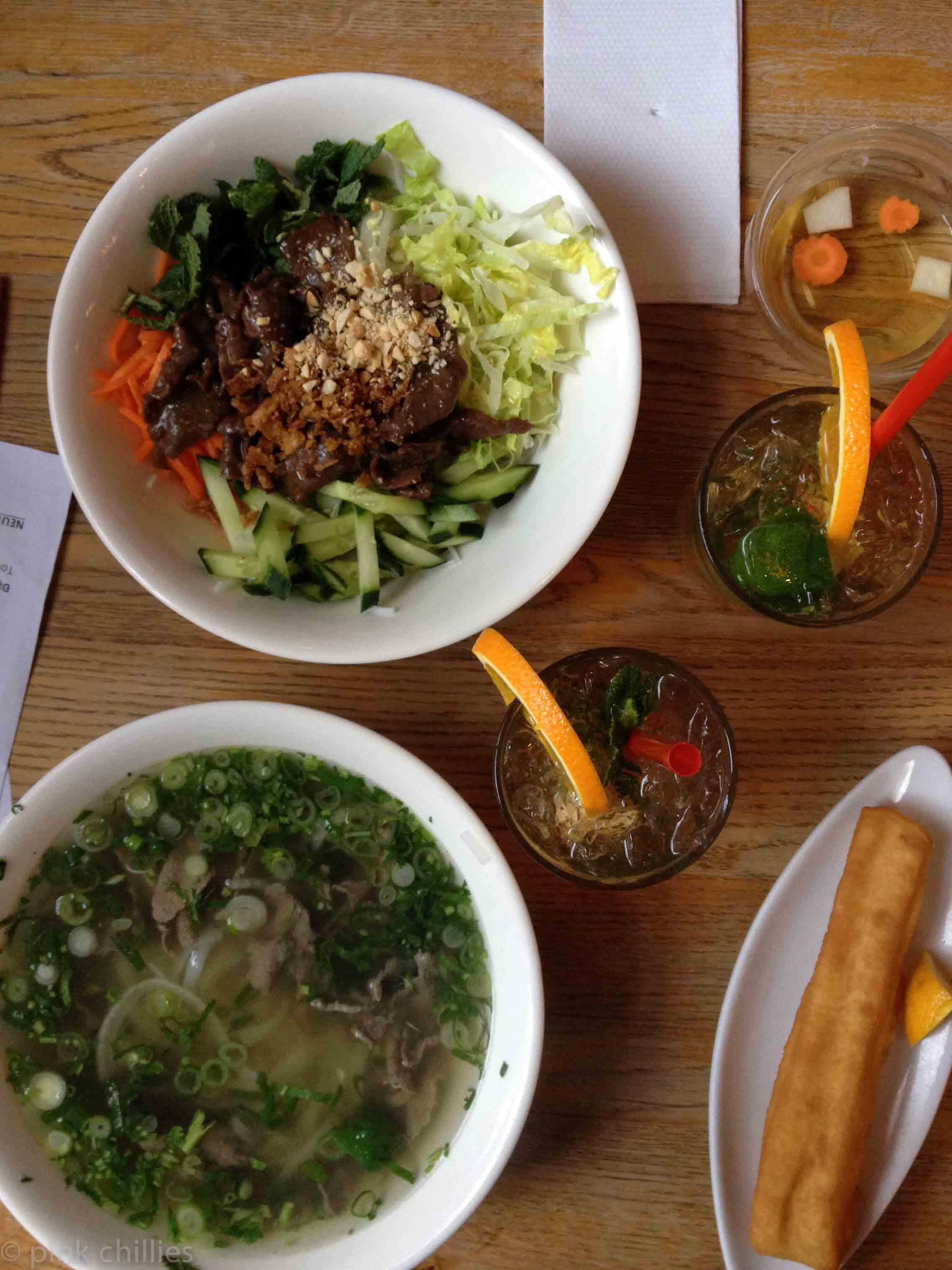 Vietnamesisches Essen und Cocktails