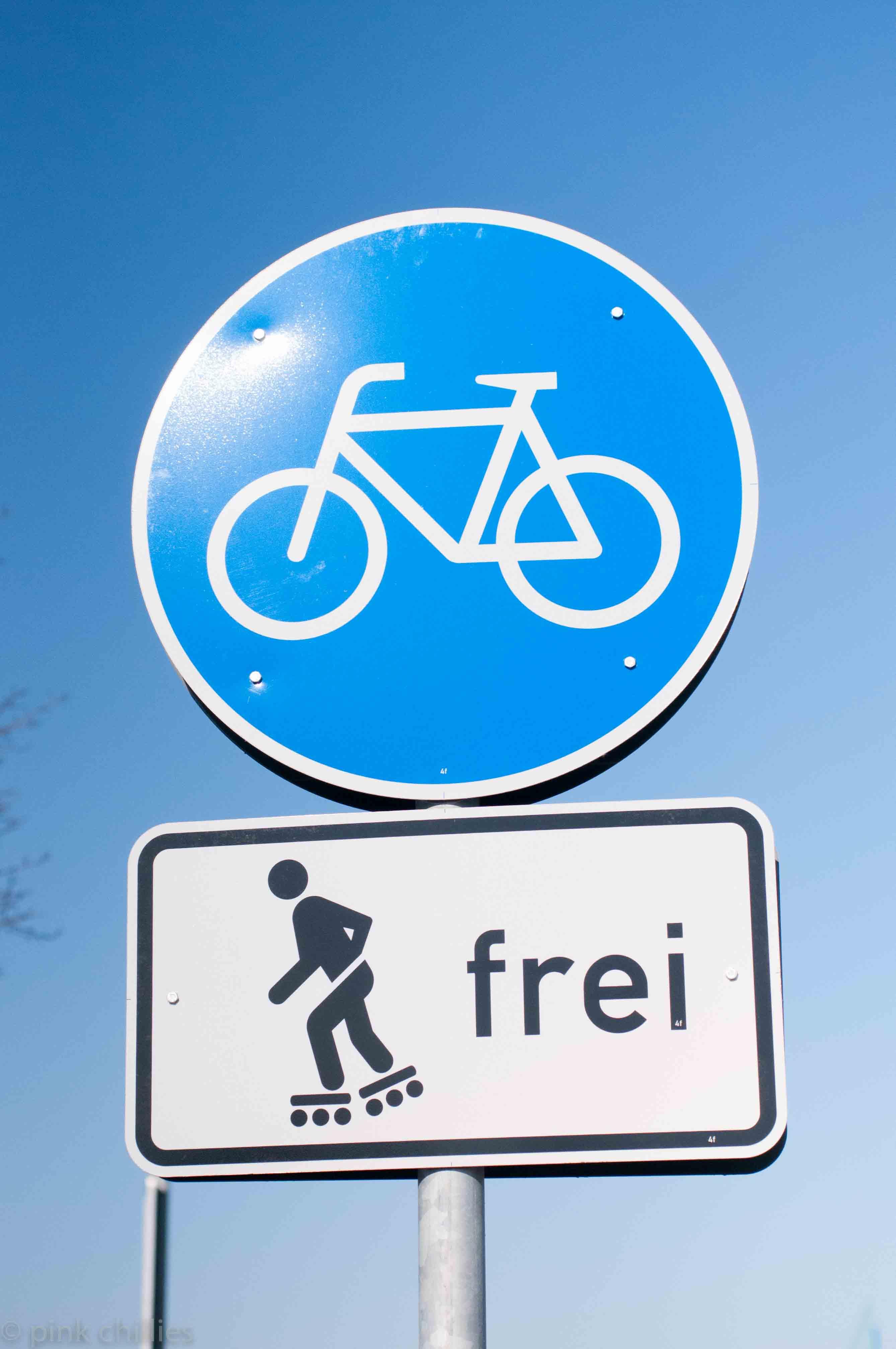 Verkehrsschild Sakter frei