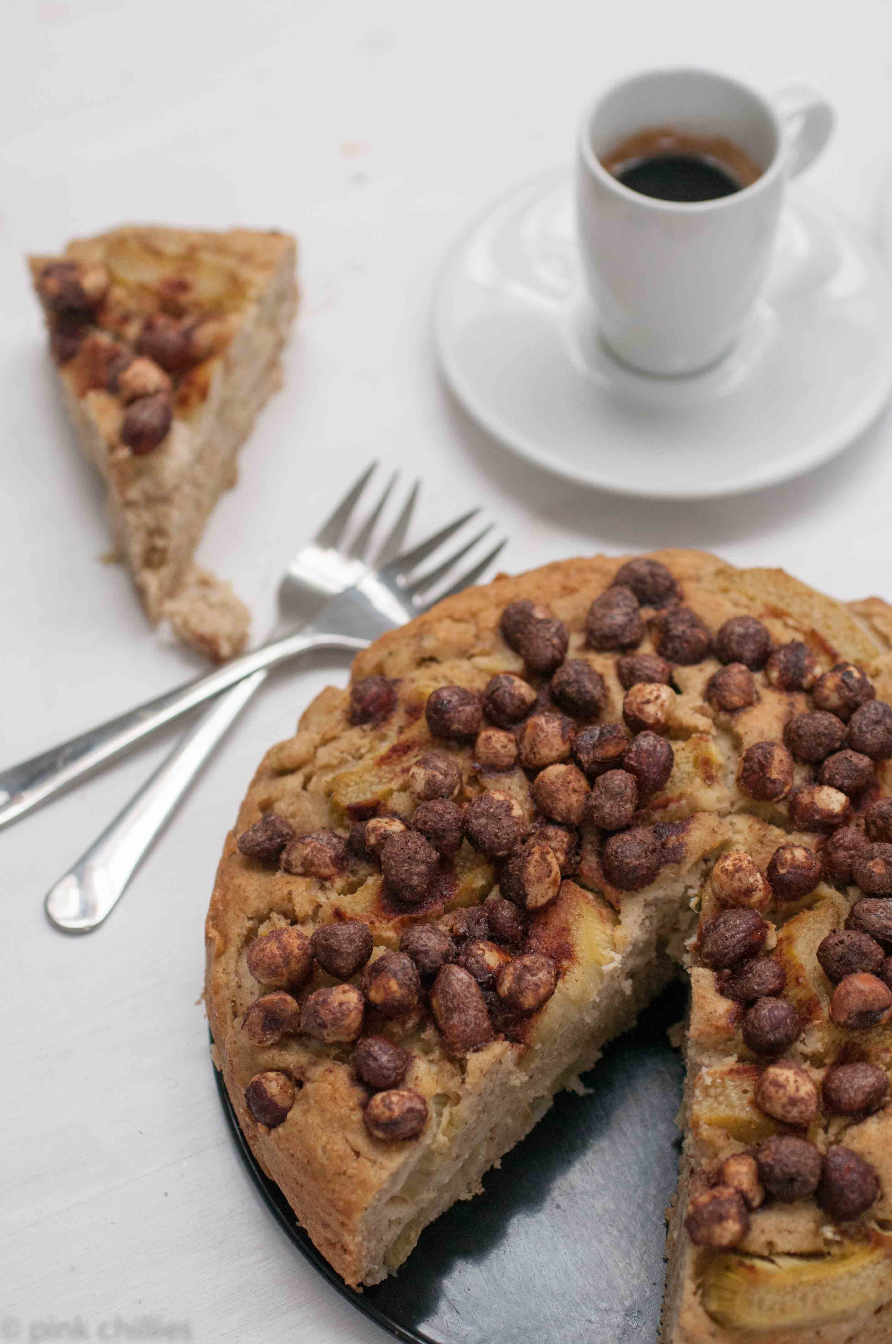Haselnusskuchen mit Rharbaber-1416