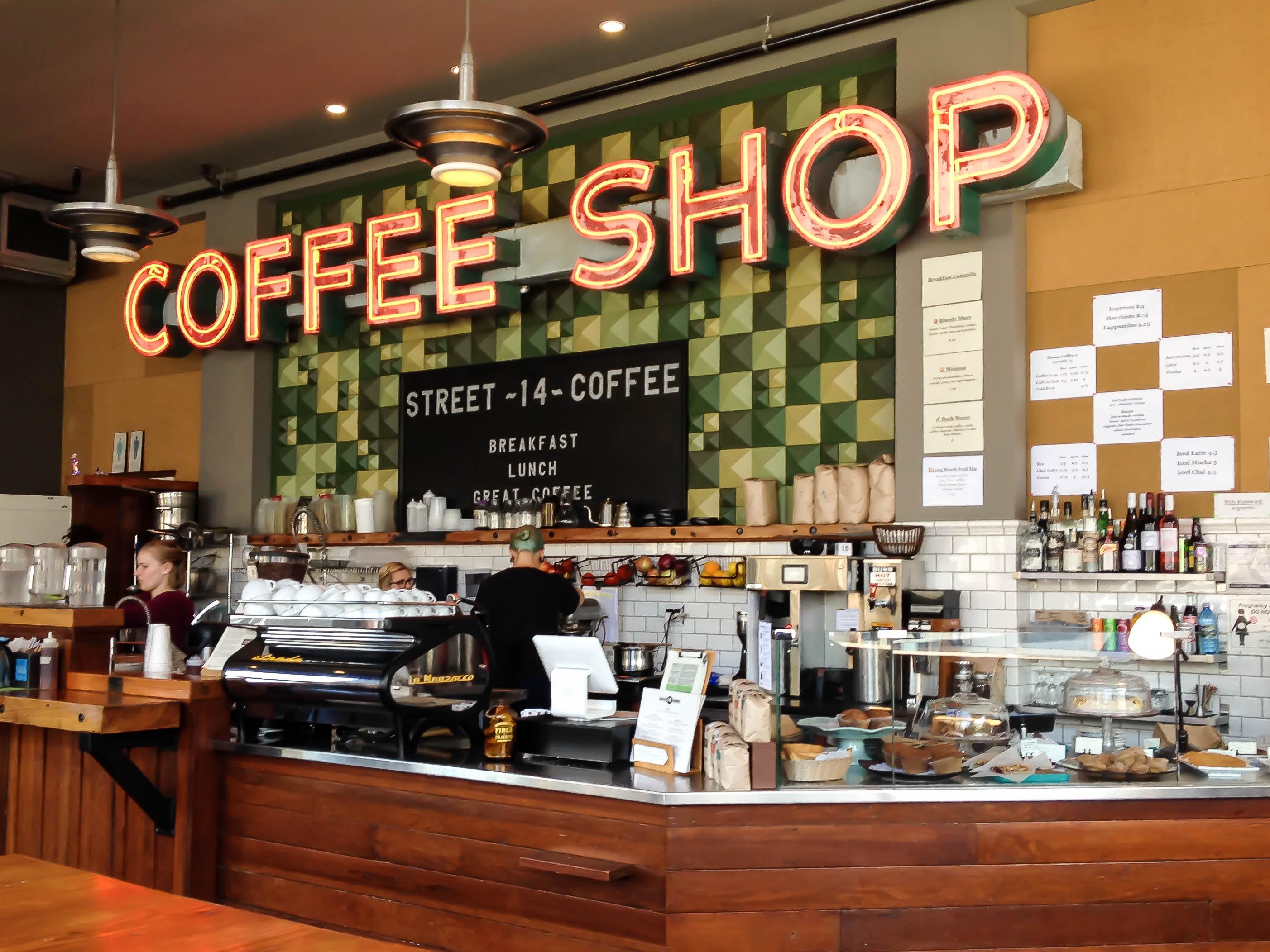 coffee shop Street 14 Astoria
