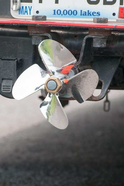 Schiffsschraube am Auto