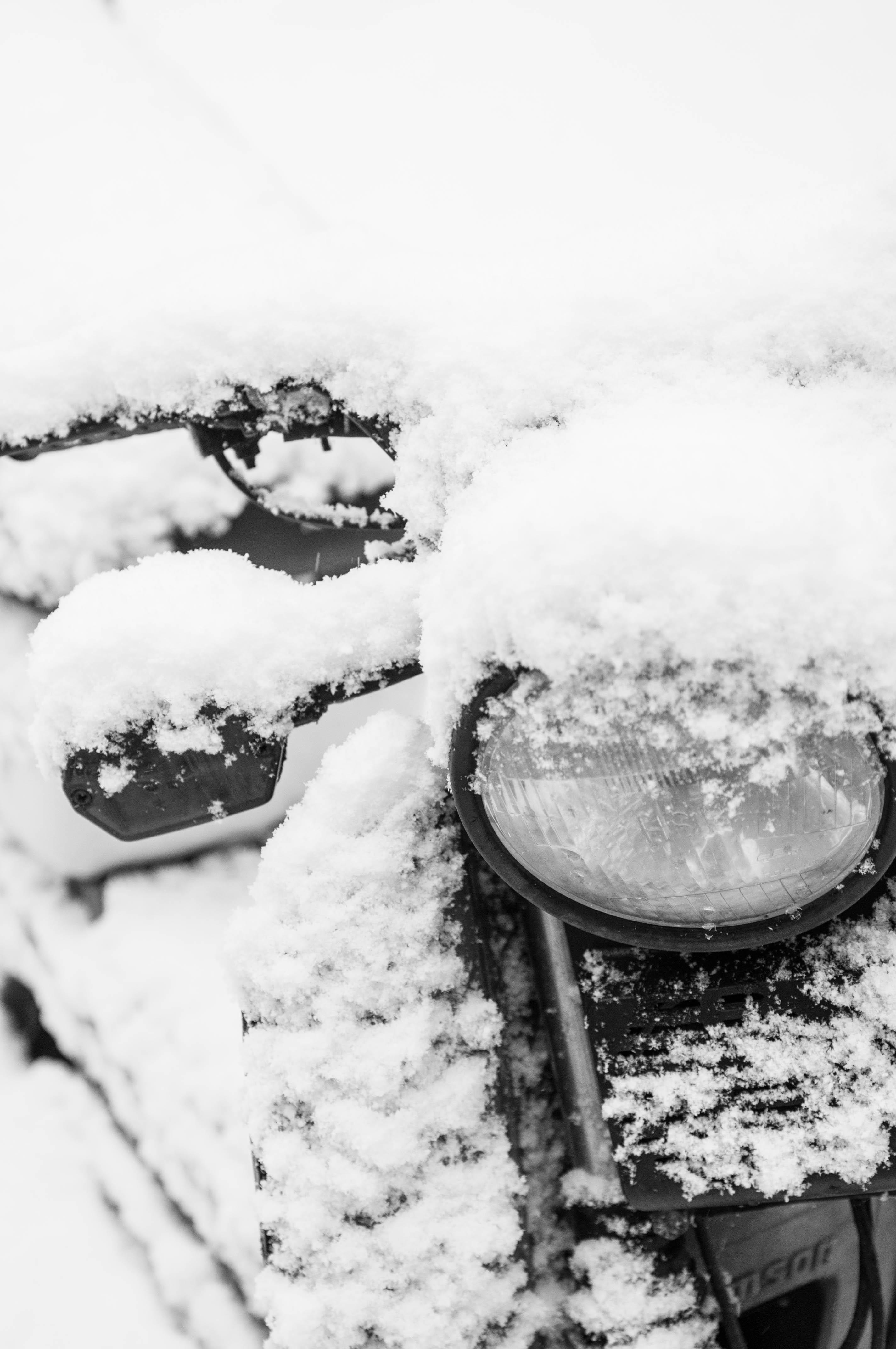 Moped im Schnee