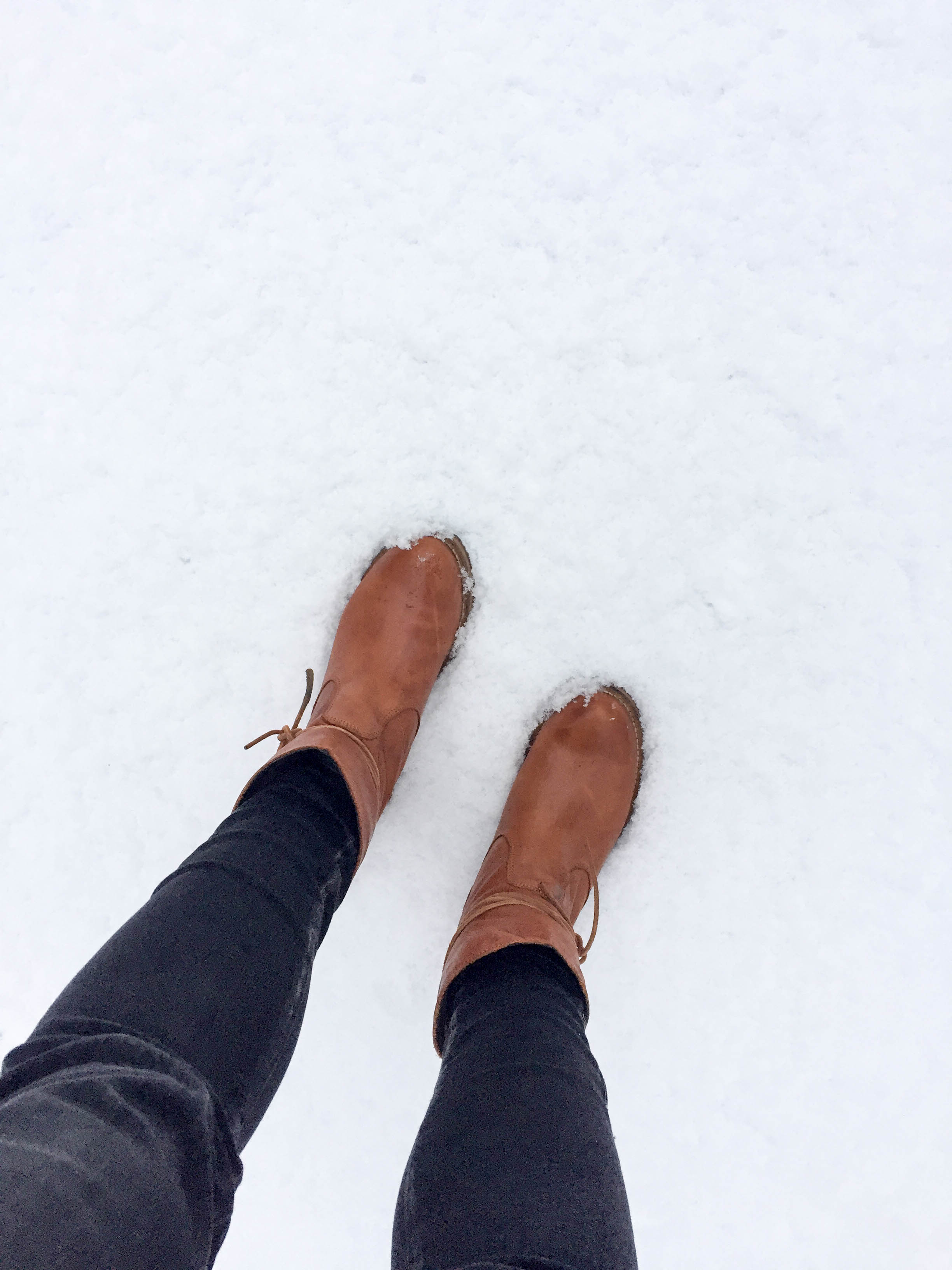 warten im Schnee
