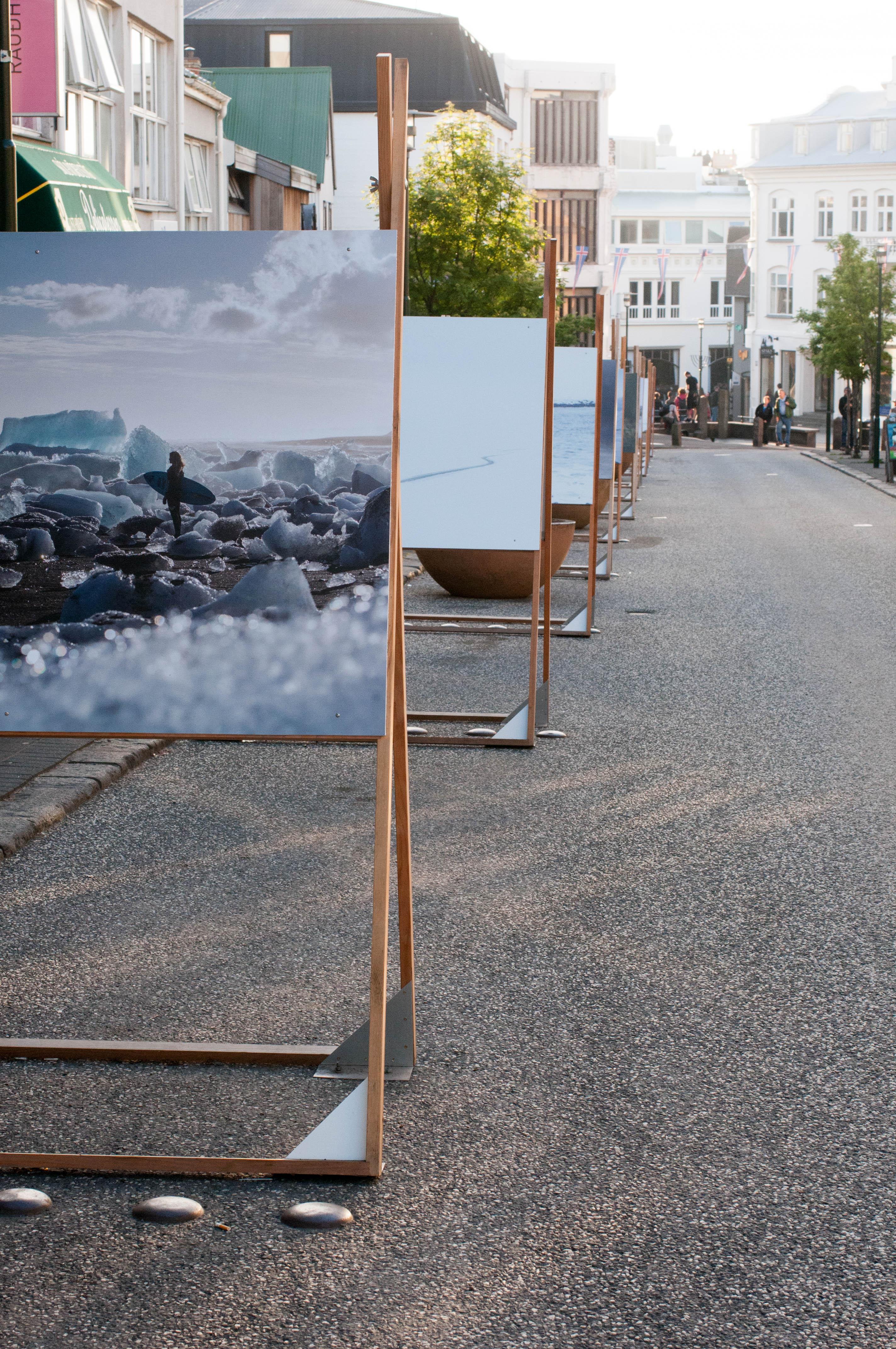 Bilderausstellung Fußgängerzone Reykjavik