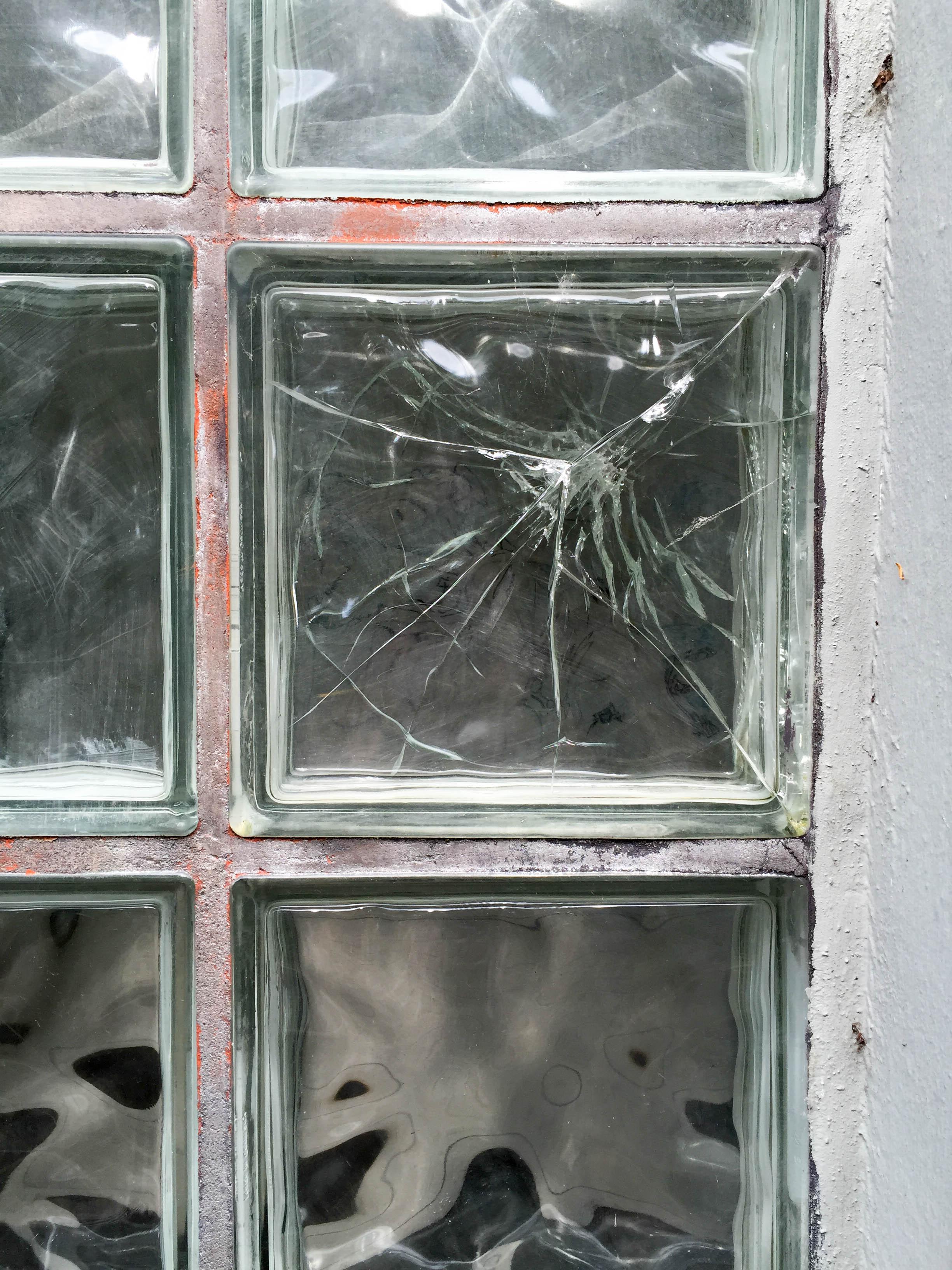 dickes Fensterglas