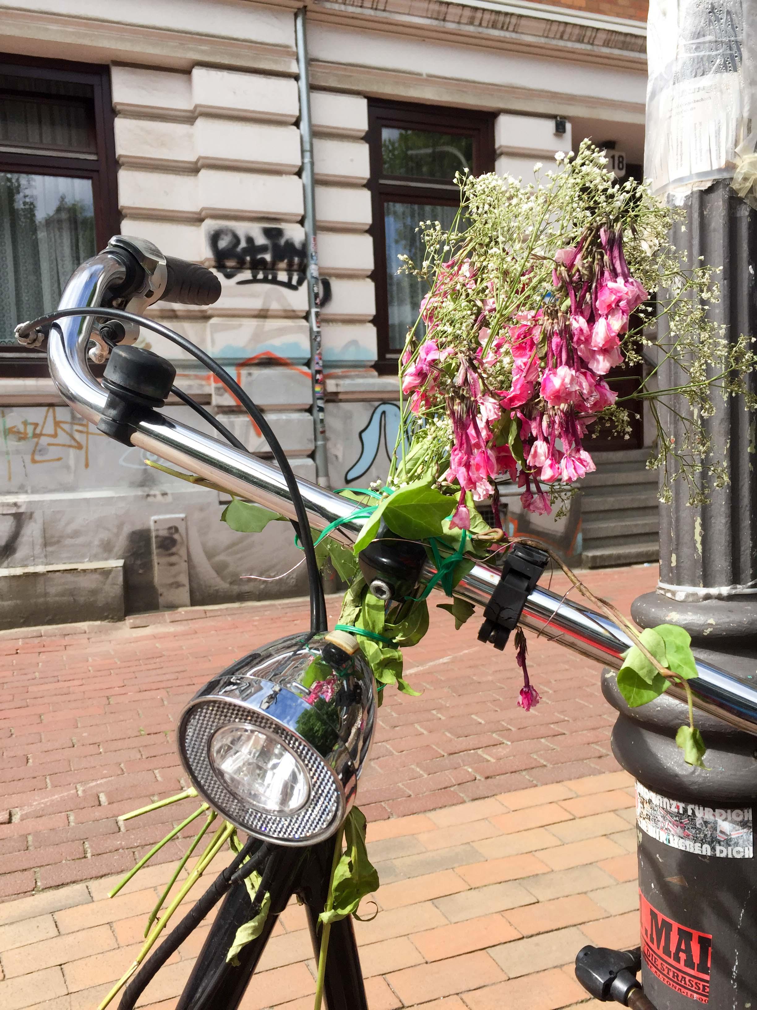 Fahrrad mit Blume