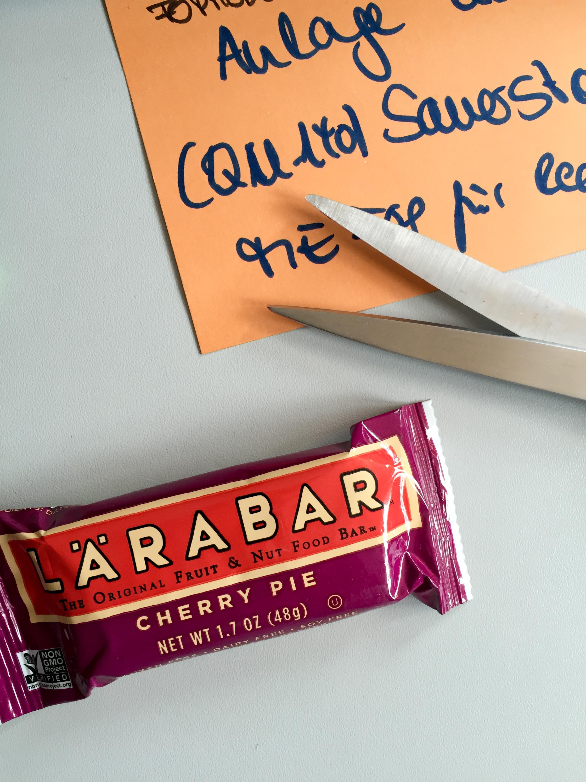 Frühstück vergessen - zum Glück hatte ich in meiner Schreibtischschublade noch einen meiner Lieblingsriegel!