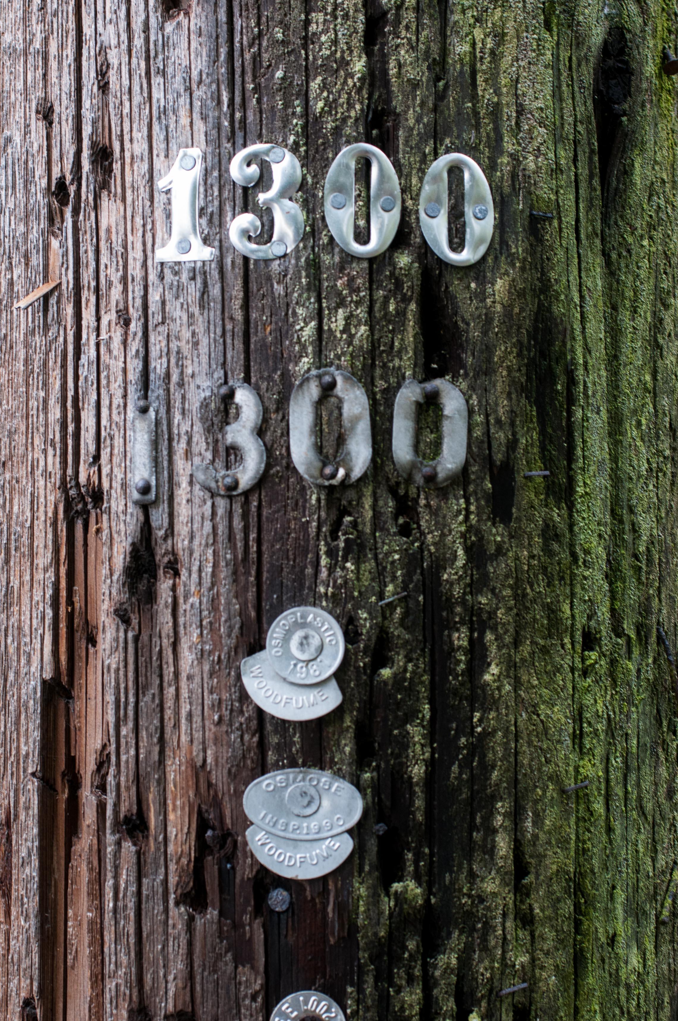 Laternenmast aus Holz