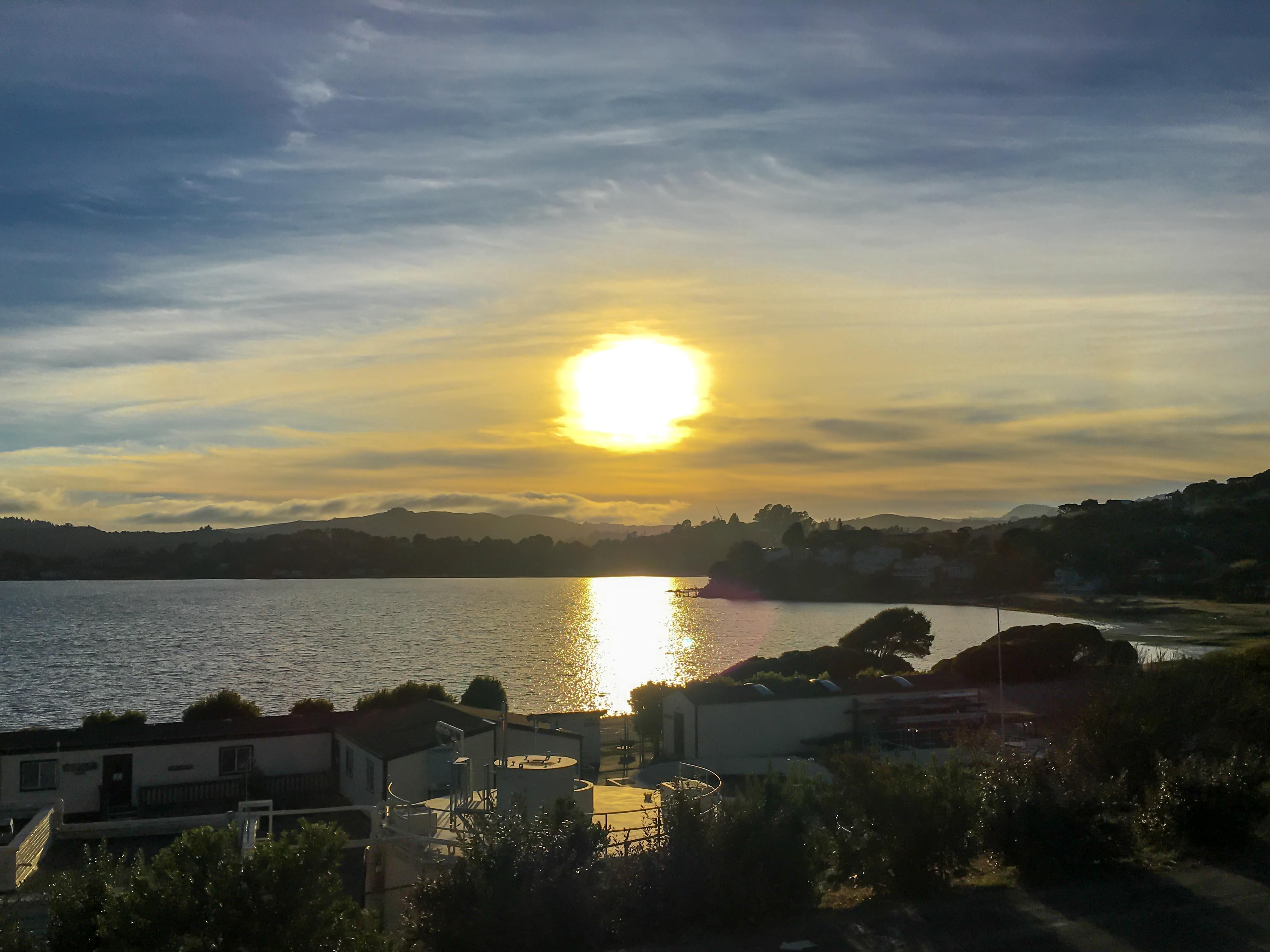 Sonnenuntergang über der Bay