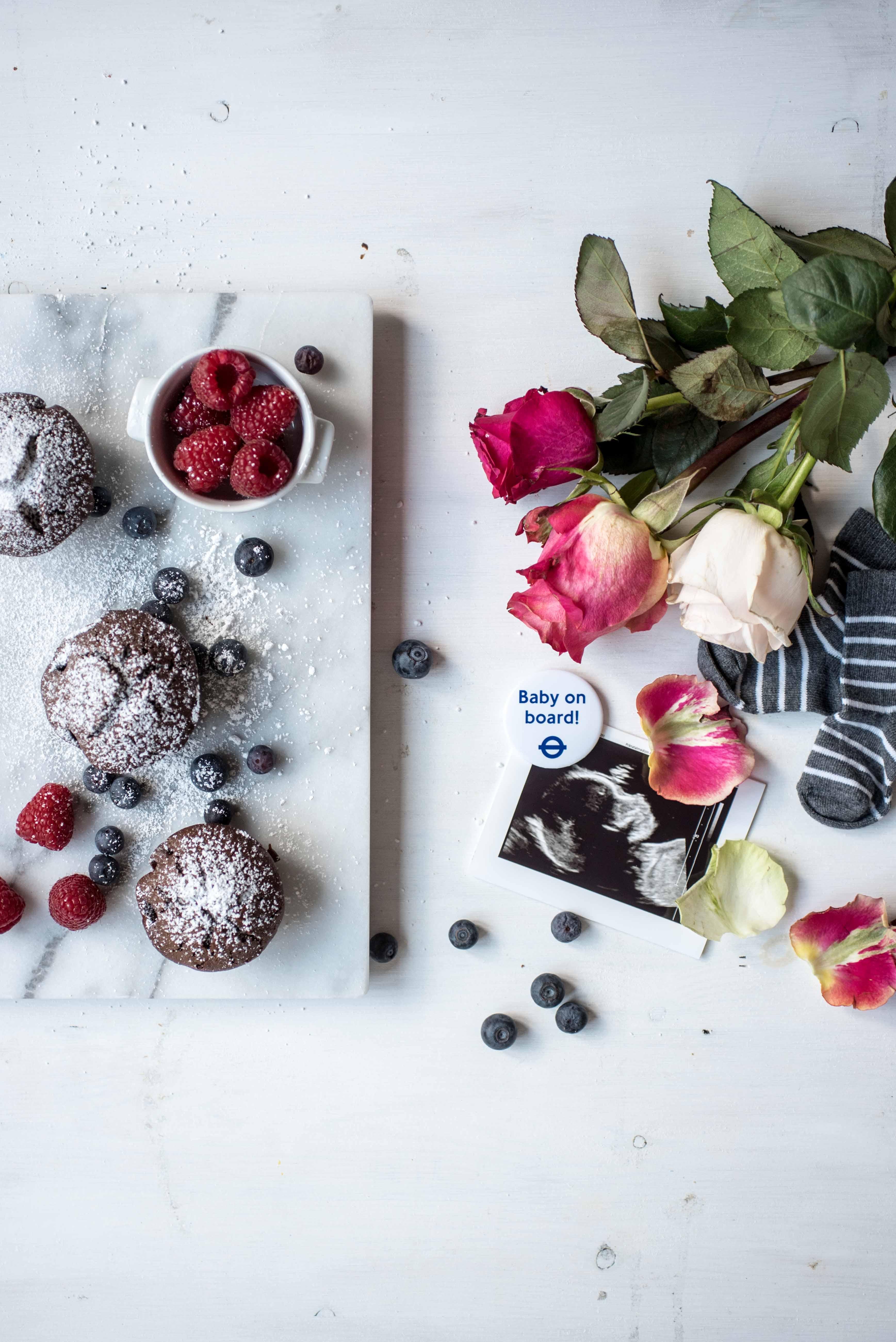 glutenfreie Schokoladenmuffins Flatlay