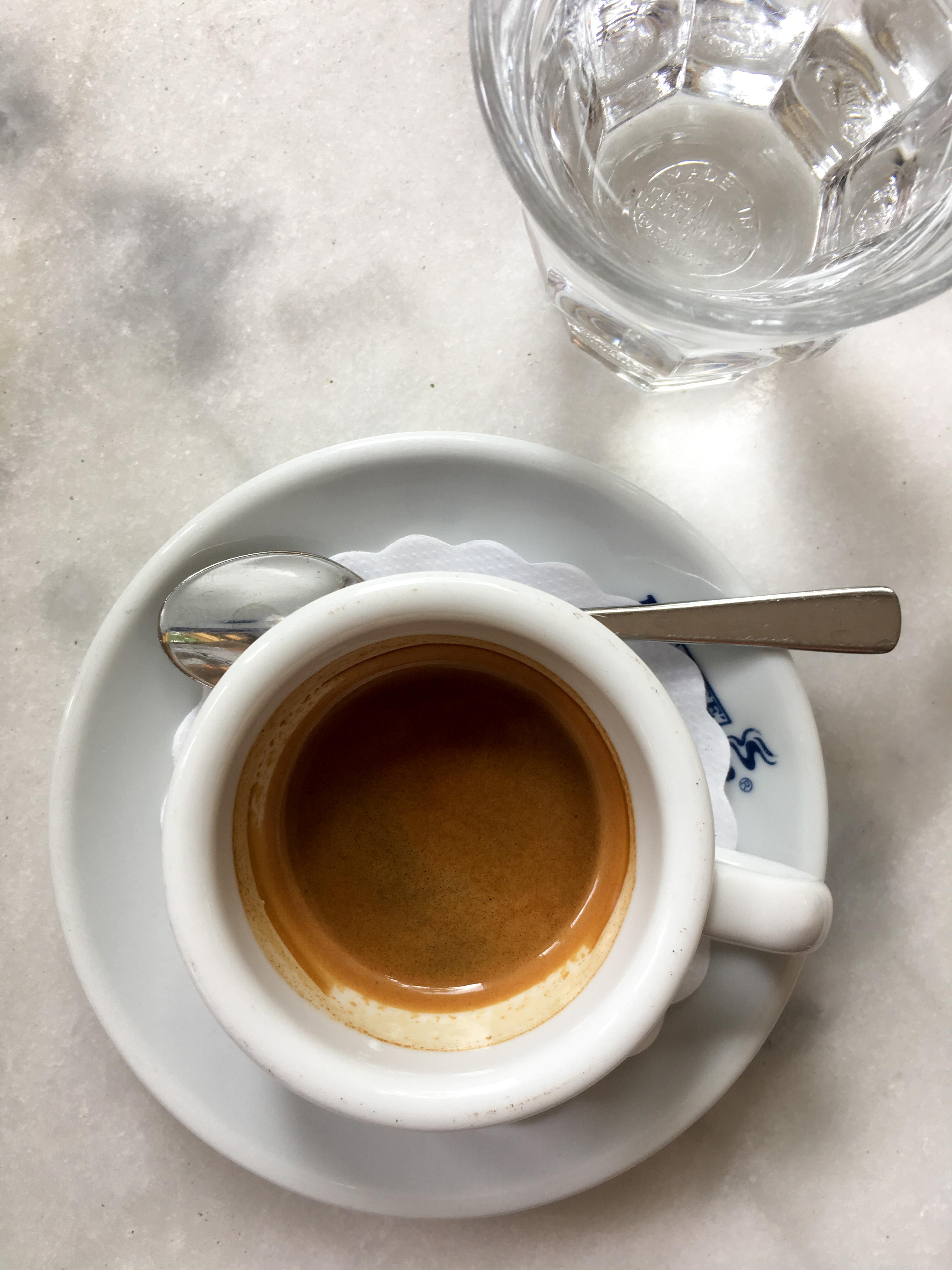 Espresso im Due Baristi
